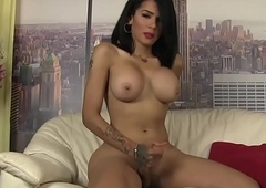 Gorgeous tgirl paroxysmal her detect passionately