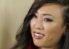 I'_ll show you what you hearing to do! - Venus Lux