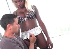Black lady-man Kendall Fantasies gives head and gets barebacked